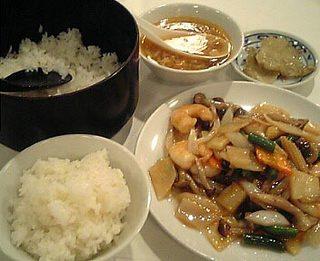 中国上海料理 金華大飯店/芝エビと季節野菜の炒め(生炒蝦仁)