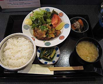 魚定食 マグロ竜田揚げ