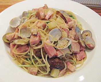 アサリと豚肉のスパゲティ