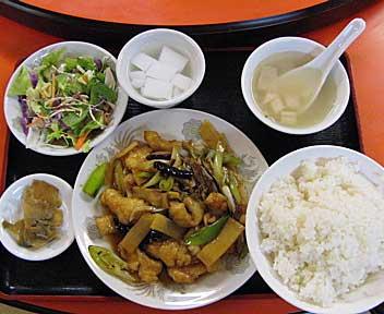辛子魚片炒め(デザート付き)