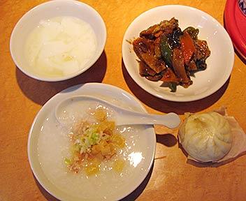 香港食堂 高田馬場店/香港料理ランチバイキング