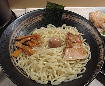 つけ麺 ザ ザ ザ/The the the/ゆず風味つけ麺+焼チャーシュー