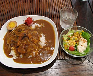 Howl's Cafe & Shop/豚の角煮カレー