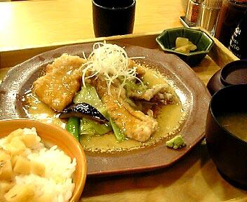 野菜と豚竜田のあんかけ定食