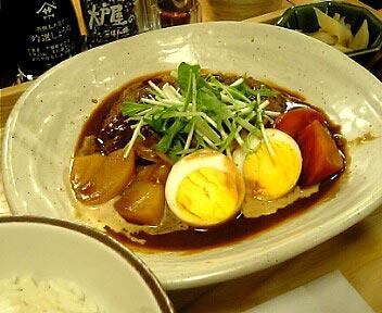 野菜とハンバーグの味噌デミ煮込み定食
